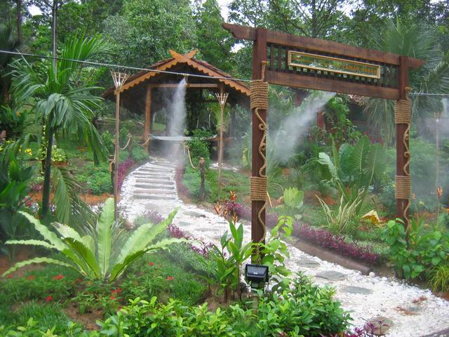 Традиционные дома и садовый дизайн